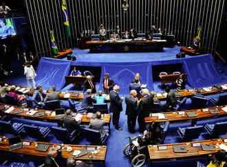 Sem vetos, Michel Temer sanciona reforma trabalhista