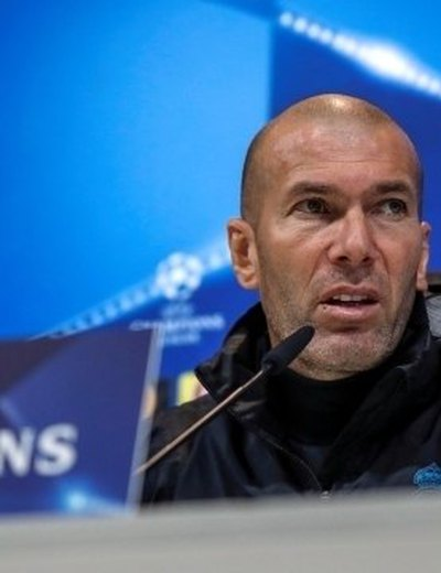 Real Madrid confirma volta de Zidane ao comando do time
