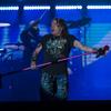 Volta de formação clássica salva show do Guns da voz desastrosa de Axl