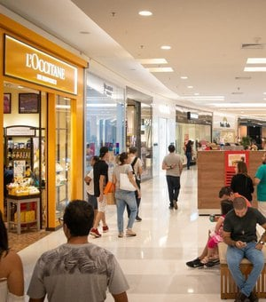 Black Friday tem movimento tranquilo em shoppings da capital