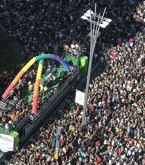Parada do Orgulho LGBT de SP promove evento virtual